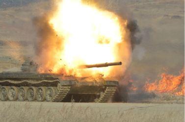 160227 - 조선의 오늘 - KIM JONG UN - Marschall KIM JONG UN leitete den Schießtest mit einer neuen Panzerabwehrrakete an - 07 - 경애하는 김정은동지께서 새로 개발한 반땅크유도무기시험사격을 지도하시였다