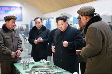 160302 - 조선의 오늘 - KIM JONG UN - Marschall KIM JONG UN besuchte das Maschinenwerk Thaesong - 02 - 경애하는 김정은동지께서 태성기계공장을 현지지도하시고 현대화과업을 제시하시였다.pdf