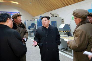 160302 - 조선의 오늘 - KIM JONG UN - Marschall KIM JONG UN besuchte das Maschinenwerk Thaesong - 04 - 경애하는 김정은동지께서 태성기계공장을 현지지도하시고 현대화과업을 제시하시였다.pdf