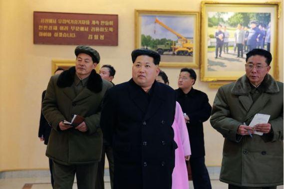 160302 - SK - KIM JONG UN - Marschall KIM JONG UN besuchte das Maschinenwerk Thaesong - 01 - 경애하는 김정은동지께서 태성기계공장을 현지지도하시고 현대화과업을 제시하시였다.pdf