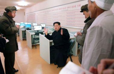 160302 - SK - KIM JONG UN - Marschall KIM JONG UN besuchte das Maschinenwerk Thaesong - 03 - 경애하는 김정은동지께서 태성기계공장을 현지지도하시고 현대화과업을 제시하시였다.pdf