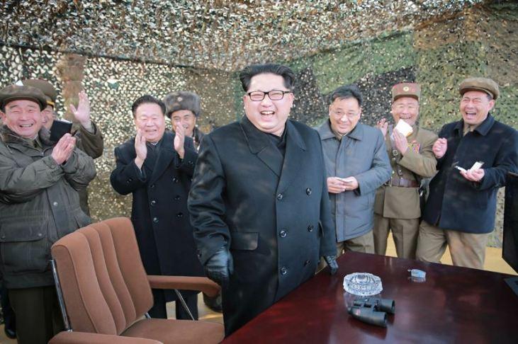 160304 - 조선의 오늘 - KIM JONG UN - 04 - 경애하는 김정은동지께서 신형대구경방사포시험사격을 지도하시였다