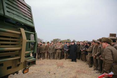 160304 - 조선의 오늘 - KIM JONG UN - 08 - 경애하는 김정은동지께서 신형대구경방사포시험사격을 지도하시였다