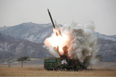 160304 - 조선의 오늘 - KIM JONG UN - 12 - 경애하는 김정은동지께서 신형대구경방사포시험사격을 지도하시였다