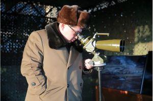 160311 - 조선의 오늘 - KIM JONG UN - Marschall KIM JONG UN besuchte einen Panzerwettbewerb der Armee - 04 - 경애하는 김정은동지께서 《조선인민군 땅크병경기대회-2016》을 보시였다