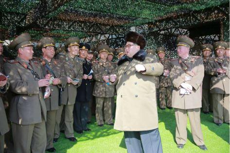 160311 - 조선의 오늘 - KIM JONG UN - Marschall KIM JONG UN besuchte einen Panzerwettbewerb der Armee - 05 - 경애하는 김정은동지께서 《조선인민군 땅크병경기대회-2016》을 보시였다