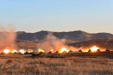 160311 - 조선의 오늘 - KIM JONG UN - Marschall KIM JONG UN besuchte einen Panzerwettbewerb der Armee - 10 - 경애하는 김정은동지께서 《조선인민군 땅크병경기대회-2016》을 보시였다