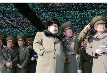 160311 - RS - KIM JONG UN - Marschall KIM JONG UN besuchte einen Panzerwettbewerb der Armee - 01 - 경애하는 김정은동지께서 《조선인민군 땅크병경기대회-2016》을 보시였다
