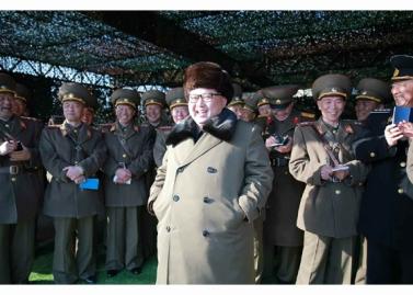 160311 - RS - KIM JONG UN - Marschall KIM JONG UN besuchte einen Panzerwettbewerb der Armee - 07 - 경애하는 김정은동지께서 《조선인민군 땅크병경기대회-2016》을 보시였다