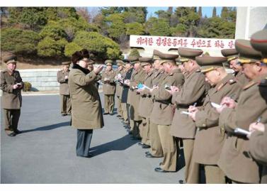 160311 - RS - KIM JONG UN - Marschall KIM JONG UN besuchte einen Panzerwettbewerb der Armee - 17 - 경애하는 김정은동지께서 《조선인민군 땅크병경기대회-2016》을 보시였다