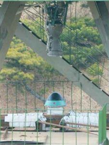 160315 - RS - KIM JONG UN - Marschall KIM JONG UN besichtigte eine erfolgreiche Simulation des Wiedereintritts der ballistischen Rakete in die Erdatmosphäre - 03 - 경애하는 김정은동지께서 탄도로케트 대기권재돌입환경모의시험을 지도하시였다