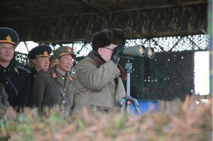 160320 - 조선의 오늘 - KIM JONG UN - Marschall KIM JONG UN leitete eine Landungs- und Landungsabwehrübung der KVA - 04 - 경애하는 김정은동지께서 조선인민군 상륙 및 반상륙방어연습을 지도하시였다