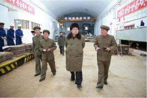 160324 - 조선의 오늘 - KIM JONG UN - Marschall KIM JONG UN besichtigte den Betrieb '11. Februar' im Vereinigten Maschinenwerk Ryongsong - 06 - 경애하는 김정은동지께서 룡성기계련합기업소 2월11일공장을 현지지도하시였다