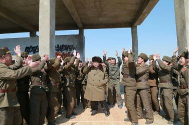 160324 - 조선의 오늘 - KIM JONG UN - Marschall KIM JONG UN begutachtete einen Raketentriebwerktest - 06 - 경애하는 김정은동지께서 대출력고체로케트발동기지상분출 및 계단분리시험을 지도하시였다