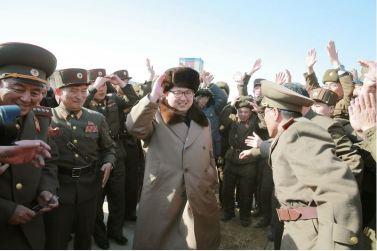 160409 - 조선의 오늘 - KIM JONG UN - Marschall KIM JONG UN leitete einen Test am neuen Raketentriebwerk - 09 - 경애하는 김정은동지께서 서해위성발사장을 찾으시여 새형의 대륙간탄도로케트 대출력발동기지상분출시험을 지도하시였다