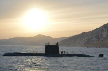 160424 - 조선의 오늘 - KIM JONG UN - Marschall KIM JONG UN leitete einen Unterwasserschießtest der ballistischen Rakete vom strategischen U-Boot - 17 - 전략잠수함 탄도탄수중시험발사에서 또다시 대성공 경애하는 김정은동지께서 시험발사를 현지에서 지도하시였다