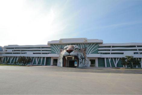160521 - 조선의 오늘 - KIM JONG UN - Genosse KIM JONG UN besuchte das Naturmuseum und den Zentralen Zoologischen Garten vor deren Einweihungen - 16 - 경애하는 김정은동지께서 완공을 앞둔 자연박물관과 중앙동물원을 현지지도하시였다