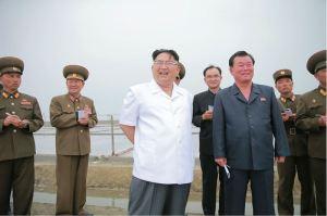 160524 - 조선의 오늘 - KIM JONG UN - Marschall KIM JONG UN besuchte die Saline Kwisong - 01 - 경애하는 김정은동지께서 귀성제염소를 현지지도하시면서 인민군대에서 진행하고있는 지하초염수에 의한 소금생산실태를 료해하시였다