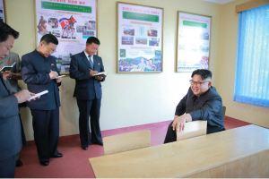 160604 - 조선의 오늘 - KIM JONG UN - Marschall KIM JONG UN besichtigte das neu gestaltete Kinderferienlager Mangyongdae - 02 - 경애하는 김정은동지께서 새로 개건된 만경대소년단야영소를 현지지도하시였다