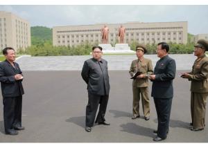 160613 - RS - KIM JONG UN - Marschall KIM JONG UN besichtigte die Universität für Landesverteidigung - 01 - 경애하는 김정은동지께서 국방종합대학을 현지지도하시였다