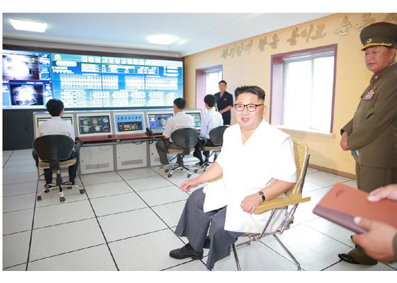 160706 - RS - KIM JONG UN - Genosse KIM JONG UN besichtigte den rekonstruierten Betrieb für Sumpfschildkrötenzucht Pyongyang - 11 - 경애하는 김정은동지께서 우리 나라 양식공장의 본보기, 표준으로 전변된 평양자라공장을 현지지도하시였다