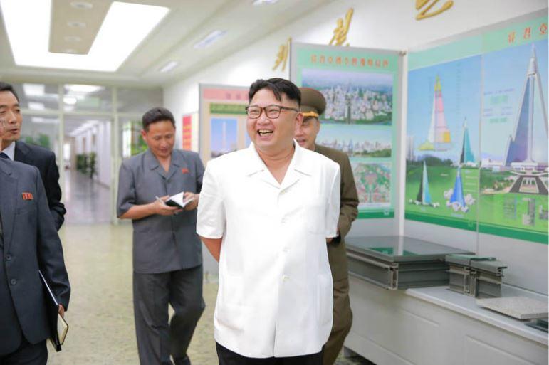 160714 - 조선의 오늘 - KIM JONG UN - Genosse KIM JONG UN besichtigte das Institut für Architektur Paektusan - 02 - 경애하는 김정은동지께서 백두산건축연구원을 현지지도하시였다
