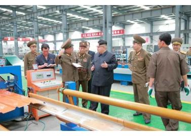 160727 - RS - Genosse KIM JONG UN besuchte das Baumaterialienkombinat Chollima - 05 - 경애하는 김정은동지께서 천리마건재종합공장을 현지지도하시였다