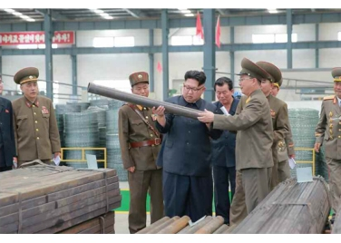 160727 - RS - Genosse KIM JONG UN besuchte das Baumaterialienkombinat Chollima - 09 - 경애하는 김정은동지께서 천리마건재종합공장을 현지지도하시였다
