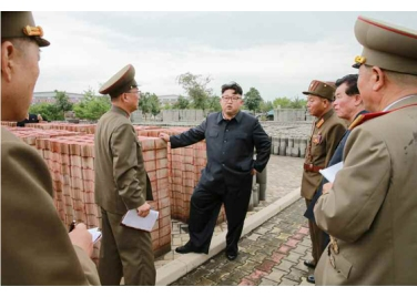 160727 - RS - Genosse KIM JONG UN besuchte das Baumaterialienkombinat Chollima - 15 - 경애하는 김정은동지께서 천리마건재종합공장을 현지지도하시였다