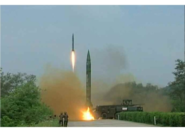 160906-rs-kim-jong-un-marschall-kim-jong-un-leitete-eine-raketenschiessuebung-der-strategischen-streitkraefte-der-kva-03-%ea%b2%bd%ec%95%a0%ed%95%98%eb%8a%94-%ea%b9%80%ec%a0%95%ec%9d%80