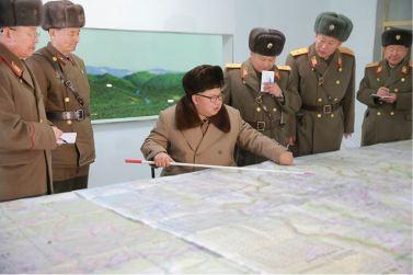161125-%ec%a1%b0%ec%84%a0%ec%9d%98-%ec%98%a4%eb%8a%98-kim-jong-un-marschall-kim-jong-un-inspizierte-den-kommandostab-des-380-grossen-truppenverbandes-der-kva-04-%ea%b2%bd%ec%95%a0%ed%95%98