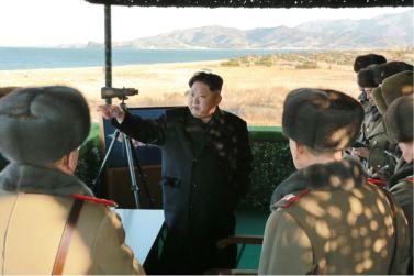 161202-%ec%a1%b0%ec%84%a0%ec%9d%98-%ec%98%a4%eb%8a%98-kim-jong-un-marschall-kim-jong-un-begutachtete-eine-grosse-kanonenfeueruebung-der-koreanischen-volksarmee-05-%ea%b2%bd%ec%95%a0%ed%95%98