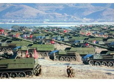 161202-rs-kim-jong-un-marschall-kim-jong-un-begutachtete-eine-grosse-kanonenfeueruebung-der-koreanischen-volksarmee-01-%ea%b2%bd%ec%95%a0%ed%95%98%eb%8a%94-%ea%b9%80%ec%a0%95%ec%9d%80