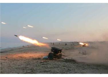161221-rs-kim-jong-un-marschall-kim-jong-un-begutachtete-einen-artilleriefeuerwettbewerb-der-kva-02-%ea%b2%bd%ec%95%a0%ed%95%98%eb%8a%94-%ec%b5%9c%ea%b3%a0%eb%a0%b9%eb%8f%84%ec%9e%90