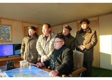 170213-rs-kim-jong-un-marschall-kim-jong-un-leitete-erfolgreichen-probeschuss-der-strategischen-ballistischen-boden-boden-mittellangstreckenrakete-pukguksong-2-01-%ec%a7%80%ec%83%81