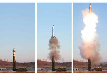 170213-rs-kim-jong-un-marschall-kim-jong-un-leitete-erfolgreichen-probeschuss-der-strategischen-ballistischen-boden-boden-mittellangstreckenrakete-pukguksong-2-04-%ec%a7%80%ec%83%81